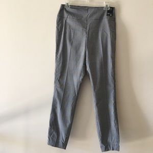 New York and Company Ankle Pants
